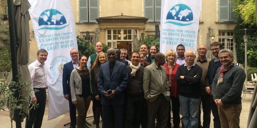 Les panelistes d'Initiatives pour l'Avenir des Grands Fleuves lors de la troisième session IAGF à Avignon, du 11 au 14 octobre 2016, sur le thème des deltas.