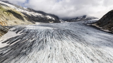 Suisse, Canton du Valais, Obergoms, Gletsch, Le Glacier du Rhone (2300 m d'altitude), (vue aerienne)